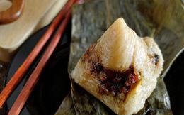 Không phải cơm rượu, bánh ú, đây là món bánh không thể nào thiếu trong mâm cỗ cúng Tết Đoan ngọ của người Trung Quốc