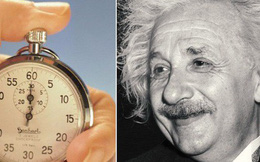 Ngắm đồng hồ suốt 14 năm, tưởng điên rồ nhưng đó là cách để chứng minh một lí thuyết của Einstein