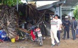 Xe tải tông quán cà phê, nhiều khách may mắn thoát chết