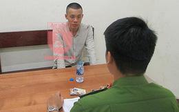 Hà Nội: Cảnh sát quật ngã đối tượng hung hãn cầm 2 dao nhọn đi trả thù
