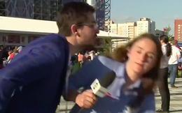 Bị sàm sỡ, nữ phóng viên nhanh nhẹn né tránh và dạy cho kẻ vô duyên một bài học