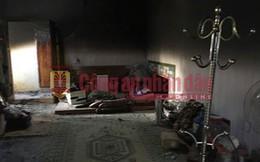 """Tiếp cận nhà """"ông trùm"""" Nguyễn Thanh Tuân ở Lóng Luông, có 3 thi thể trên tay nắm chặt 3 khẩu súng"""