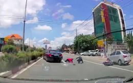 Video tài xế xe S400 bẻ lái ngoạn mục, cứu sống 2 người dân