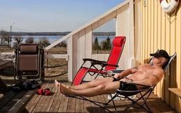 """Cuộc sống trong nhà tù kỳ lạ nhất thế giới: Tù nhân thoải mái tắm nắng, tập gym và được nhận """"lương"""" hàng tháng"""