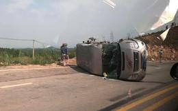 Xe khách Quảng Ninh đâm trực diện container khiến 10 người thương vong
