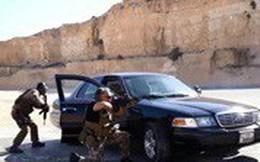 Video: Mừng sinh nhật, cha con Quốc vương Jordan bắn súng, ném lựu đạn như trong phim hành động