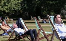 Vô vàn cách tận hưởng những ngày nóng kỷ lục của người Anh