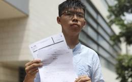 """Hồng Kông: Joshua Wong tố bị thẩm vấn khi """"không mảnh vải che thân"""""""