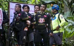 Máy bơm hỏng, nước dâng cao trong hang, giải cứu đội bóng Thái Lan suýt thành thảm kịch