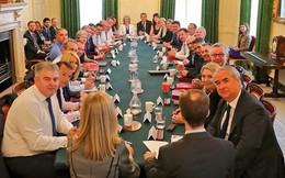 Brexit: Anh sẽ xoay xở ra sao sau khi các Bộ trưởng chủ chốt ra đi?