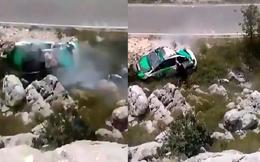 Video: Xe đâm thẳng vách đá rồi lộn nhào trên không trung như phim hành động
