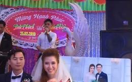 """Bạn trai cũ lên sân khấu hát """"Tiễn em theo chồng"""" mừng ngày đại hỷ, cô dâu cùng chồng ngồi dưới không biết khóc hay cười"""