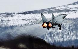 MiG-25 Nga xuất kích, tên lửa Mỹ - Israel bất lực bám đuôi