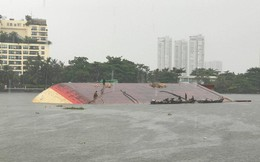 Chìm sà làn 473 tấn trên sông Sài Gòn