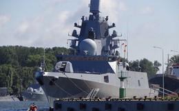 """Khinh hạm """"khủng"""" Đô đốc Gorshkov trang bị dàn tên lửa tối tân gia nhập hải quân Nga"""
