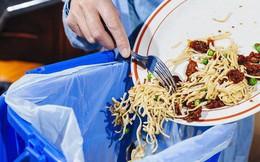 Phạt tiền nếu để thừa đồ ăn khi ăn buffet - quy định đã có từ lâu nhưng là nên hay không nên?