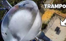 Sẽ ra sao nếu thả một viên nước đá khổng lồ nặng 30kg từ độ cao 45m xuống giàn nhún?