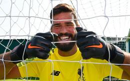 """""""Bom tấn"""" của Liverpool: Không có tình yêu vô bờ của anh trai, tôi đã bỏ bóng đá"""