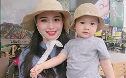 Mẹ trẻ xinh đẹp bóc mẽ chính mình khi đăng ảnh hậu trường nhăn nhó, khác hẳn với ảnh chụp long lanh trên Facebook
