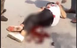 Hai nữ sinh cầm hung khí đánh nhau, một người nằm gục trên vũng máu