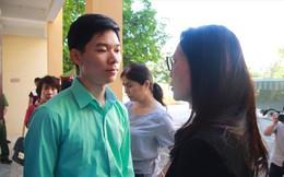 Thu hồi chứng chỉ hành nghề khám chữa bệnh của BS Hoàng Công Lương có hợp lý?