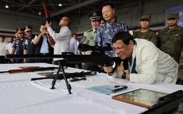 Trung Quốc tiếp tục tặng tàu chiến, tên lửa cho Philippines