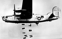 """Ảnh: 10 máy bay quân sự """"thần chết"""" trên không"""