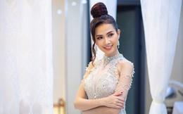 """Phan Thị Mơ mặc đầm bó sát, lộ vóc dáng """"mình hạc sương mai"""""""