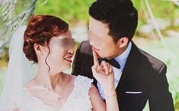 Cô dâu 61 tuổi ở Cao Bằng kể về bức ảnh chú rể quỳ gối bên bó hoa mua tím