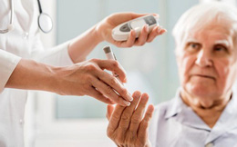 Lý do bệnh nhân tiểu đường hay bị gãy xương