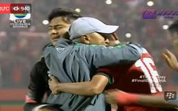 Dàn sao trẻ Thái Lan cúi đầu chịu thua trước Indonesia sau trận cầu có máu và nước mắt