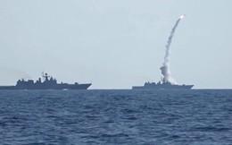 """Tàu chiến Nga """"bắt sống cá mập sắt"""" - Tàu ngầm Mỹ: Cuộc đấu trí chớp nhoáng và căng thẳng"""