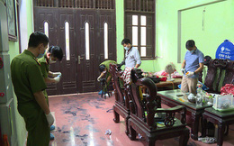 Giây phút nghi phạm hung hãn vào nhà đâm chết 2 vợ chồng ở Hưng Yên
