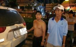 """CSGT vây bắt 2 hai anh em ruột cùng 12.800 bao thuốc lá lậu trên """"xế hộp"""" ở Sài Gòn"""