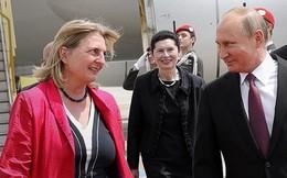 Tổng thống Putin dự đám cưới Ngoại trưởng Áo: Hàng trăm cảnh sát được huy động