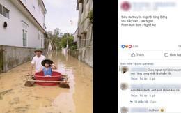 """Niềm vui mùa nước lũ của bé Bông: Được ông nội tặng """"siêu du thuyền"""" làm từ cây chuối, đẩy đi chơi khắp làng"""