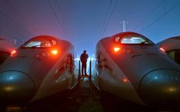Hệ thống tàu cao tốc của Trung Quốc: Tốc độ càng cao nợ càng nhiều?