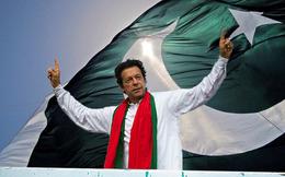 """Pakistan: Thách thức sẽ gục ngã trước tham vọng của """"nhà vô địch cricket"""" Imran Khan?"""