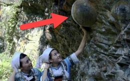 """Bí ẩn vách đá biết """"đẻ trứng"""" ở Trung Quốc, cứ 30 năm lại sản sinh một lần"""