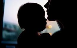 Vụ hiếp dâm trẻ em gây rúng động nước Anh: Mẹ và nhân tình gửi hơn 12000 tin nhắn lên kế hoạch tỉ mỉ để cưỡng bức chính con mình