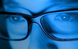 """Sự thật đằng sau những bài viết khẳng định """"ánh sáng xanh gây mù lòa"""""""