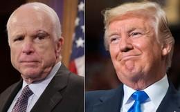 """CNN: Mải đánh golf, ông Trump không duyệt thông cáo Nhà Trắng gọi ông McCain là """"anh hùng"""""""
