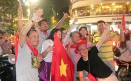 Đêm không ngủ ở Hà Nội sau chiến thắng ngây ngất lòng người của Olympic Việt Nam