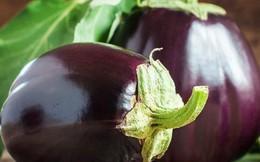 Những bộ phận có độc cần tránh của một số loại rau củ