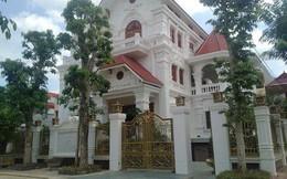 Phó Chủ tịch tỉnh Lạng Sơn nói về biệt thự xa hoa: Việc xây dựng là do vợ đứng ra vay mượn