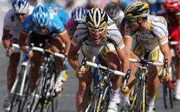 Cách bứt tốc trong môn đua xe đạp, để giành chiến thắng trong những mét cuối cùng của chặng đua