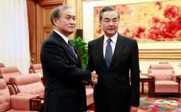 """1 phóng viên Nhật bị TQ """"cấm cửa"""", không báo Nhật nào thèm đến sự kiện của ông Vương Nghị"""