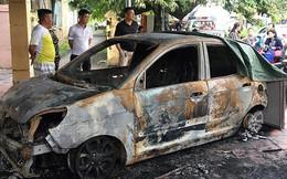 Xe ô tô của đại uý CSGT bị đốt cháy rụi trước cổng trụ sở