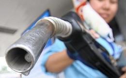 Giữ nguyên giá xăng, tăng nhẹ giá dầu