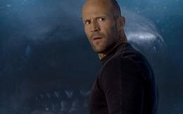 """Jason Statham bơi cùng đàn cá mập: """"Tôi đã đến rất gần chúng, quả là trải nghiệm phi thường"""""""